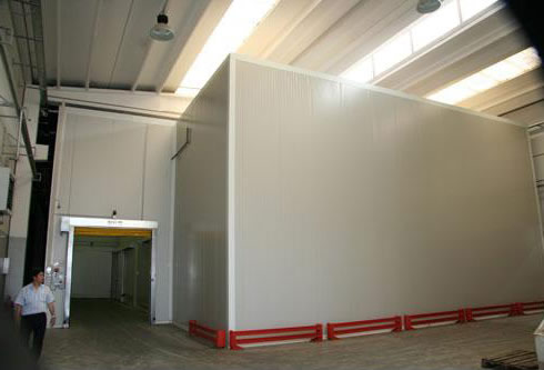 Refrigerated type ice storage room